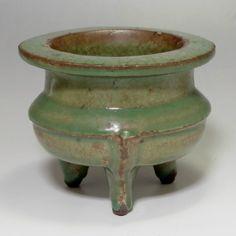 Vintage Tripod Olive Green Chinese Pottery Incense Burner #2038 - ChanoYu online shop