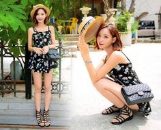 Today's Hot Pick :Black Gladiator Sandals http://fashionstylep.com/P0000OWI/chuukr/out Your search for the perfect summer sandals ends here, for this pair is a chic must-have. Flat and cozy with an edgy look, you can wear it with dresses or shorts. -Pair -Cleat soles -Flat -Studded -Open toes