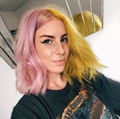 Bright yellow hair color for with soft curls Split Dyed Hair, Half Dyed Hair, Dye My Hair, Half And Half Hair, Aesthetic Hair, Yellow Hair, Mint Green Hair, Coloured Hair, Cool Hair Color