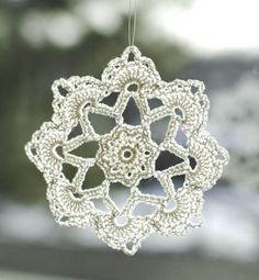 Grandma Jennie's Snowflake Pattern: Part 2   www.petalstopicots.com   #crochet