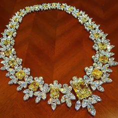 Ronaldabram latest masterpiece. The necklace includes 196.02 carats of yellow and white diamonds, centering upon an impressive 25.88 carat yellow diamond.