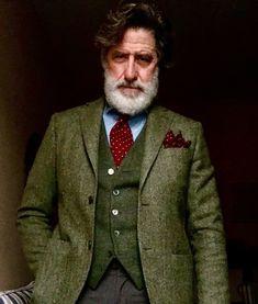 EverGREEN Blazer Fashion, Suit Fashion, Mens Fashion, British Style Men, Tweed Suits, Herren Outfit, Sharp Dressed Man, Gentleman Style, Dandy