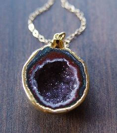 friedasophiejewelry:    Burgundy Geode Druzy Necklace  at Friedasophie.etsy.com