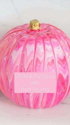 Pink Pumpkin Party, Diy Pumpkin, Scary Pumpkin, Pumpkin Ideas, Candy Christmas Decorations, Diy Halloween Decorations, Halloween Crafts, Pink Pumpkins, Painted Pumpkins