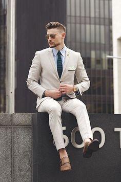 shoes no socks with linen suit