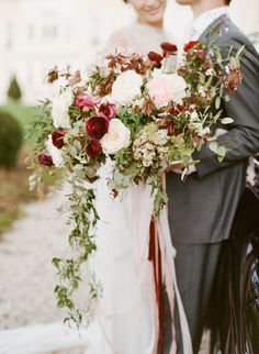 Photography: Sylvie Gil Photography - sylviegilphotography.com  Read More: http://www.stylemepretty.com/2015/05/28/charming-burgundy-wedding-inspiration/