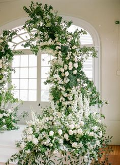 Gosh how gorgeous is this? Wedding Arbors, Wedding Ceremony Flowers, Flower Bouquet Wedding, Floral Wedding, Bridal Bouquets, Wedding Pins, Flower Bouquets, Wedding Flower Arrangements, Wedding Centerpieces