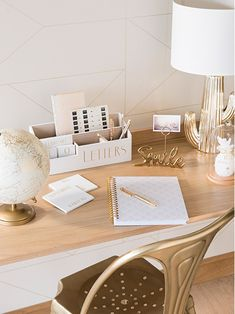 MODERN FEELWith its contemporary lines and minimalist design, you'll love the style of this GHOST solid oak desk. Workspace Inspiration, Interior Inspiration, Solid Oak Desk, Home Office Organization, White Home Decor, Colorful Decor, My Room, Decoration, Decorating Your Home