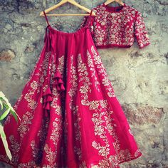 Crushing on this rich scarlet red lehenga this morning! Contact us on +917330687770 for queries. jayantireddylabel jayantireddy 14 March 2017