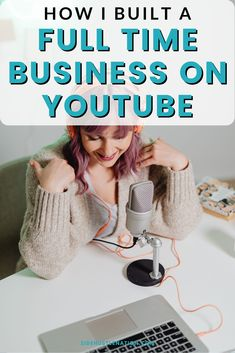 If you want to learn English, you may have come across one of Gabby Wallace's hundreds of YouTube videos on the subject.Her channel, which started only because the video she recorded for her classroom students was too big to email, has grown to more than 170,000 subscribers and nearly 9 million views. Make Money From Home, How To Make Money, Passive Income, Extra Money, Learn English, Hustle, Online Business, Blogging, Channel