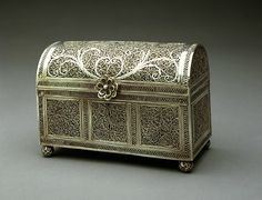 Filigree Casket with Barrel Top and Ray Shagreen Box | Date: 17th century | Geography: India, Goa | Medium: Casket: Silver Filigree (Casket), Box: Wood, Fabric & Gold Fittings, covered with ray shagreen
