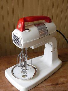 SALE Mixer, Montgomery Ward, Kitchen Appliances, Vintage Appliances, Appliances, Vintage Mixer, Electric Mixer, Bakelite Handle, Egg Beater