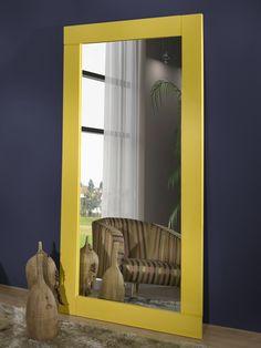 """Dê um """" Up """" na decoração do seu ambiente, com o espelho Herval Brownwall  #espelhoherval #Brownwall #amarelo #voulevar"""