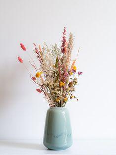 Le Fleurieus Webshop - Producten Dried Flower Arrangements, Flower Vases, Dried Flowers, Bouquet Champetre, Wedding Confetti, Bohemian Decor, Wedding Themes, Office Decor, Decoration