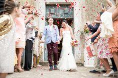 Husband & Wife - @vweddingportuga #weddinginportugal #vintageweddinginportugal #vintagewedding #portugalwedding #weddingportugal #weddingsinportugal #myvintageweddinginportugal #rusticwedding #rusticweddinginportugal #thequinta #weddinginsintra