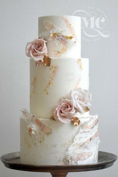 Get inspired by the latest wedding cake designs by Mama Cakes. We've gathere… Get inspired by the latest wedding cake designs by Mama Cakes. We've gathered the latest wedding trends, colours, techniques and styles for you! Wedding Cake Centerpieces, Black Wedding Cakes, Wedding Cakes With Cupcakes, Elegant Wedding Cakes, Elegant Cakes, Beautiful Wedding Cakes, Wedding Cake Designs, Beautiful Cakes, Rustic Wedding