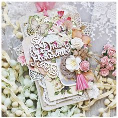 Inspiruje Alena: wiosenne urodziny - Inspirations from Alena: spring birthday Shabby Chic Cards, Floral Wreath, Roses, Tags, Paper, Spring, Birthday, Inspiration, Design