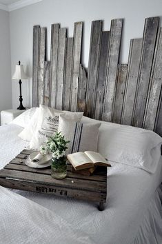 Great Day to design your home using reclaimed wooden headboard