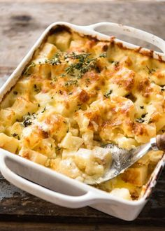 An easier, creamier alternative to Scalloped Potatoes / Potato Dauphinoise, this is made with cubes of potato that are cooked in the dish with the sauce. Far less effort than slicing potatoes thinly, making sauce separately then layering it all in a dish. www.recipetineats.com