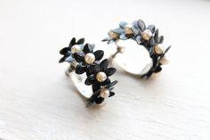 vintage 1950s earrings  // 50s floral hoop screw by TrunkofDresses, $18.00