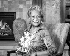 Raye Montague, the Navy's 'Hidden Figure' Ship Designer, Dies at 83 - The New York Times Half The Sky, German Submarines, Hidden Figures, Naval Academy, Navy Ships, Computer Programming, African American History, Women Life, History Facts