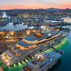 Millionaire Lifestyle, Luxury Lifestyle, Luxury Travel, Luxury Cars, Luxury Homes, Super Yachts, Supercars, Photographie New York, Mykonos Villas