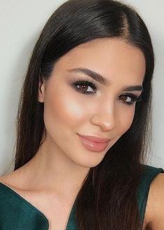 Makeup Mastery – Your guide to perfect makeup Find out about makeup tips and. Bridesmaid Makeup, Prom Makeup, Dress Makeup, Bridal Makeup, Hair Makeup, Makeup Eyes, Eyebrow Makeup, Wedding Guest Makeup, Wedding Makeup For Brown Eyes