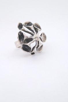 Hannu Ikonen, Finland - vintage large 'reindeer moss' ring in silver