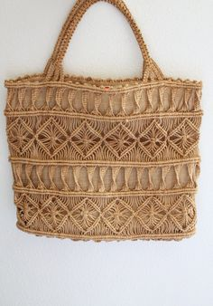 1970s Macrame Tote / Vintage 70s Brown Macrame Woven Twine Straw Burlap Tote Bag…