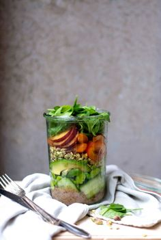 Stone Fruit + Fava Bean Salad In a Jar - Earthsprout - Go Green Hot´n Healthy