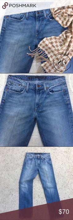 🆕Joe's Classic Fit Denim Pants. 💢Joe's jeans classic fit. Size W31. 100% cotton. Light wear on the hem. Joe's Jeans Pants Straight Leg