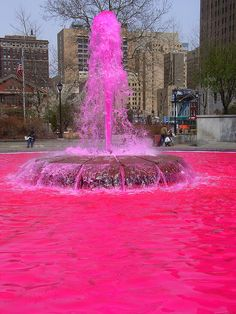 Pink fountain at Love Park, Philadelphia. I will be going here FOR SURE. A PINK fountain in a place called LOVE park. You can count on it! Pink Love, Pretty In Pink, Hot Pink, The Places Youll Go, Places To See, Vintage Pink, Gomez, Road Trip, Love Park
