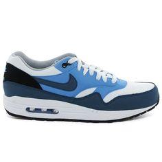 Nike Schuhe kaufen ✓ Nike online ✓ Online Schuhe Shop. See More. Nike Air  Max Tavas, Herren Sneakers, Grau (Obsidian/Schwarz/Weiß/