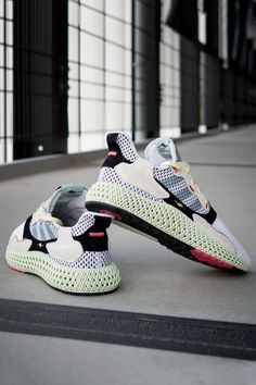 purchase cheap c9f5d 83740 A First Look at adidass New ZX 4000 4D Silhouette