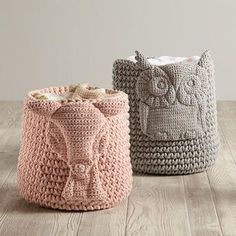 Wee Woodland Crochet Bin so amazing for nursery storage! I want to DIY this if only I had the skills Crochet Owls, Crochet Home, Hand Crochet, Crochet Baby, Free Crochet, Knit Crochet, Tea Cosy Knitting Pattern, Knitting Patterns, Crochet Patterns