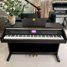 Piano Bien Hoa gia re Yamaha, Piano, Music Instruments, Musical Instruments, Pianos