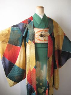 Kimono Outfit, Kimono Fashion, Steam Punk Jewelry, Ethnic Outfits, Japanese Patterns, Japanese Outfits, Japanese Beauty, Yukata, Japanese Kimono