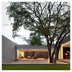 Isay Weinfeld - Grecia House São Paulo, 2009