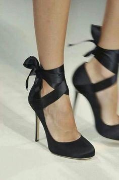 Black lace-up stilettos ♥
