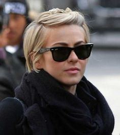 20 Short Haircuts Celebrities  Celebrity Short Haircuts Prom Hairstyles For Short Hair, Pixie Hairstyles, Short Hair Cuts, Evening Hairstyles, Teenage Hairstyles, Pixie Cuts, Very Short Hair Updo, Short Ponytail, Choppy Haircuts
