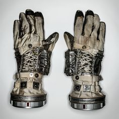 Scott Carpenter, one of the original seven American astronauts, wore these gloves for the Mercury-Atlas 7 mission, which orbited Earth in 1962.