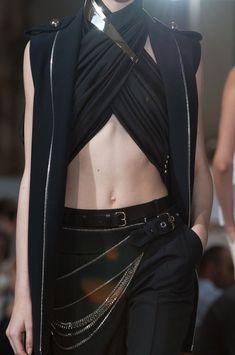Bouchra Jarrar Fall 2013 - Details Couture Jackets, Scarf Top, Dark Fashion, High Fashion, Womens Fashion, Sith, Fashion Details, Fashion Design, Cyberpunk Clothes