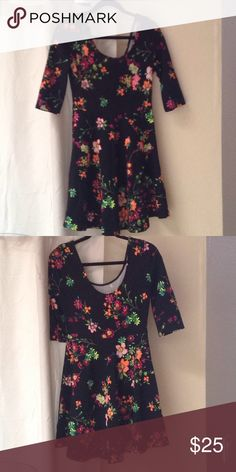 a175f8341639 🎄CCC🎄Lulu s floral dress w laced up back large in 2018