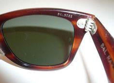 7108d4a57e Vintage Ray Ban Wayfarer Sunglasses Oakley Sunglasses