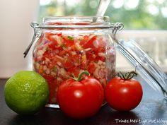 Som tilbehør til et tex-mex måltid hører det med en god salsa. Tex Mex, Cooking Recipes, Lunch, Dinner, Vegetables, Food, Chef Recipes, Food Dinners, Veggies