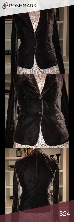 Tahari Brown Velvet Blazer XS Tahari brown crush velvet blazer with Button Front size extra small. Great piece to dress up or down. Tahari Jackets & Coats Blazers
