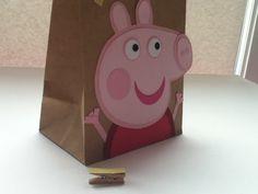 Peppa Pig inspirado bolsas de regalo por Craftophologie en Etsy