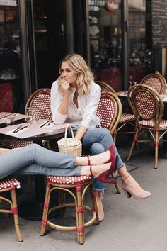 How To Have Successful Friendships Across Life Stages