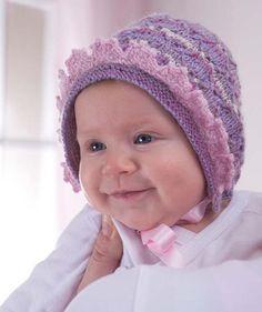 Einfach zauberhaft ist diese kleine Babymütze. Sie ist im Ganzen gestrickt, erhält aber ihren besonderen Pfiff durch eine rosa Häkelborte. Passend dazu ein rosa Satinband - und Ihr Baby ist ausgehfertig!