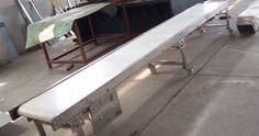 Spesialis pembuatan conveyor di Surabaya , untuk pabrik , gudang , bandara dan pertambangan , informasi hubungi 087878633656